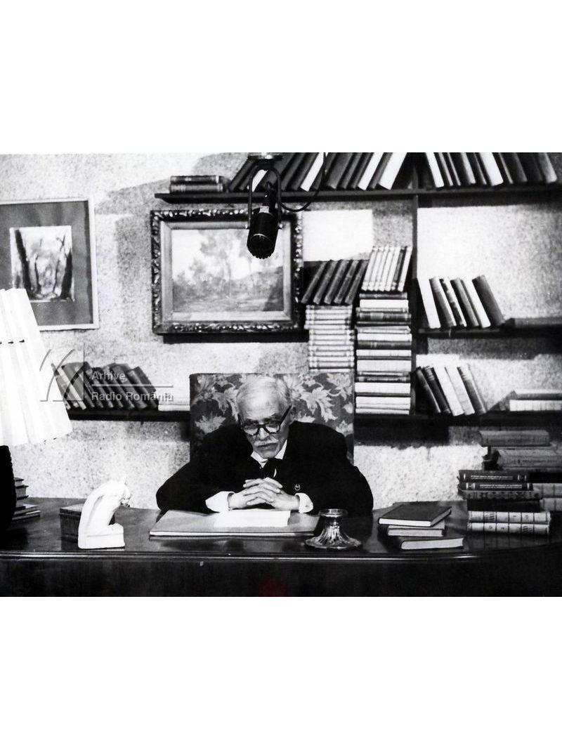 """""""Ediție radiofonică"""". 85 de ani de la nașterea lui Tudor Arghezi (I). Invitați: Tudor Arghezi, Al. Philippide"""