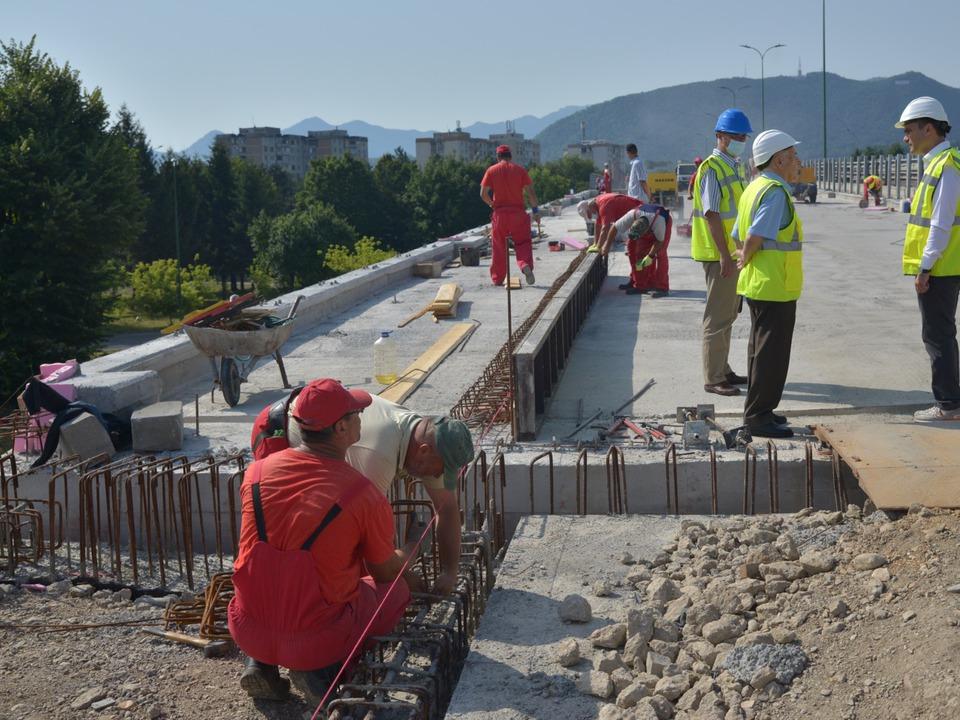 din-15-august-se-va-circula-pe-pasajul-fartec-dau-asigurari-reprezentanii-firmei-constructoare
