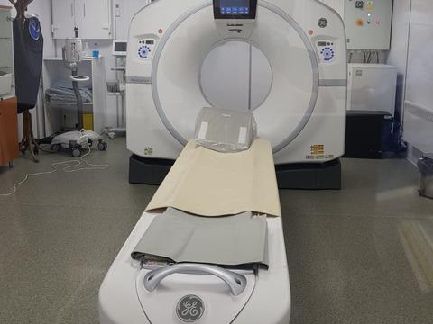 spitalul-zarnesti-a-primit-primul-computer-tomograf-urmeaza-autorizarea
