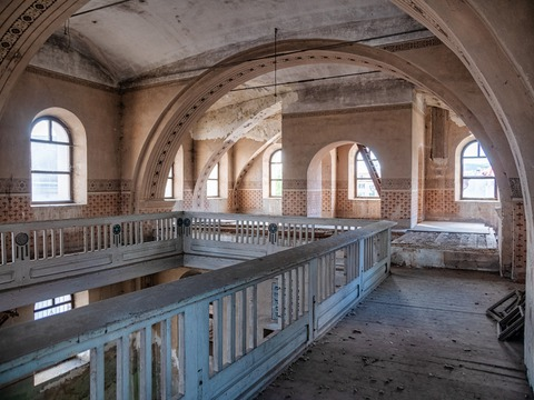sinagoga-fagara-redeschisa-pentru-un-eveniment-cultural-intenia-autoritaii-este-sa-o-transforme-intr-un-centru-cultural
