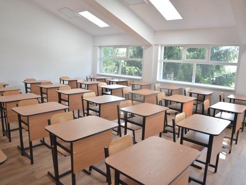 liceul-mihail-saulescu-din-predeal-trece-la-cursuri-online