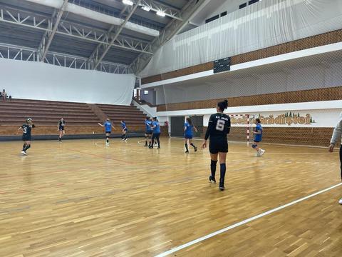 echipa-de-handbal-feminin-a-coronei-continua-seria-jocurilor-de-pregatire