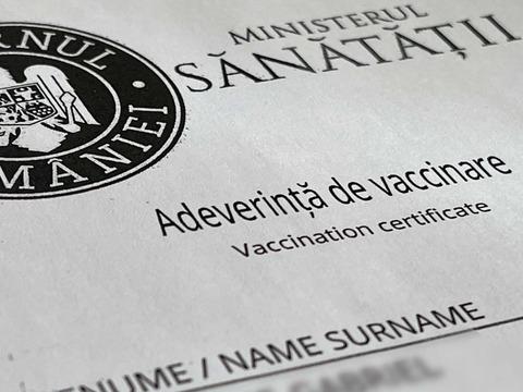 1-zi-libera-doza-de-vaccin-anticovid-pentru-angajai-parini-elevi-sau-studeni-legea-a-fost-promulgata-vineri
